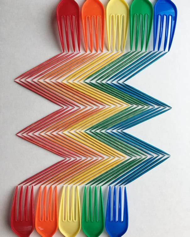 Καλλιτέχνης μεταμορφώνει την εμμονή του για τακτοποίηση σε πολύχρωμες δημιουργίες (15)