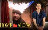 Γιατροί κάνουν διάγνωση των τραυματισμών στην ταινία «Μόνος στο Σπίτι»