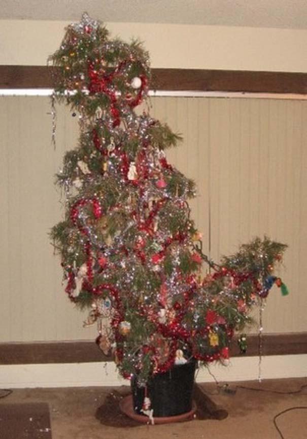 Κωμικοτραγικοί χριστουγεννιάτικοι στολισμοί (6)