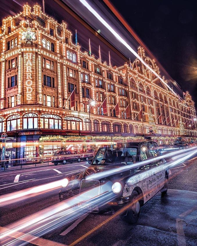Το Λονδίνο ανάβει τα φώτα του για τις γιορτές | Φωτογραφία της ημέρας