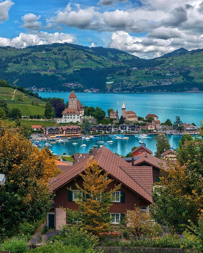 Ελβετικό τοπίο βγαλμένο από παραμύθι | Φωτογραφία της ημέρας