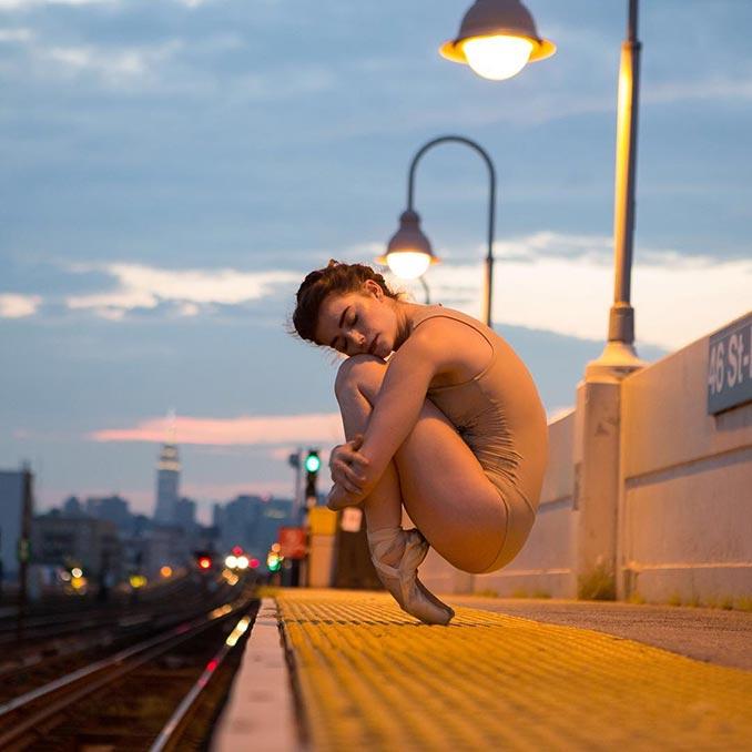 Η εκπληκτική και επώδυνη ισορροπία μιας μπαλαρίνας | Φωτογραφία της ημέρας