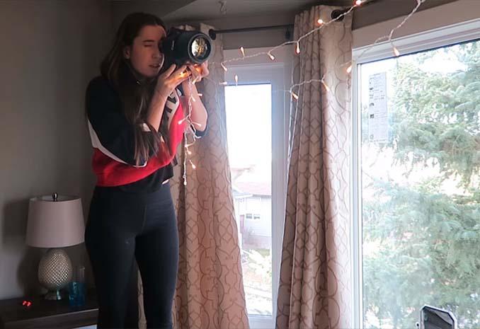Φωτογράφος αποκαλύπτει πώς να βγάλετε εκπληκτικά πορτραίτα με χριστουγεννιάτικα λαμπάκια στο δωμάτιό σας (5)