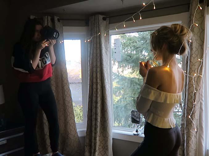 Φωτογράφος αποκαλύπτει πώς να βγάλετε εκπληκτικά πορτραίτα με χριστουγεννιάτικα λαμπάκια στο δωμάτιό σας (7)