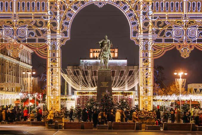 Η χριστουγεννιάτικη Μόσχα είναι απλά μαγευτική! (13)