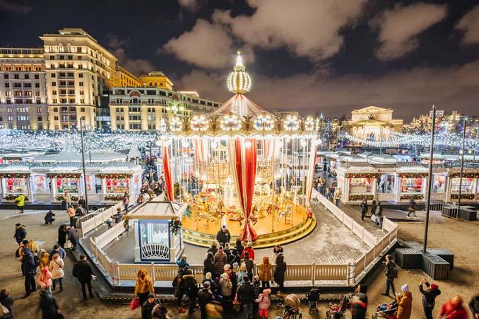 Η χριστουγεννιάτικη Μόσχα είναι απλά μαγευτική! (16)