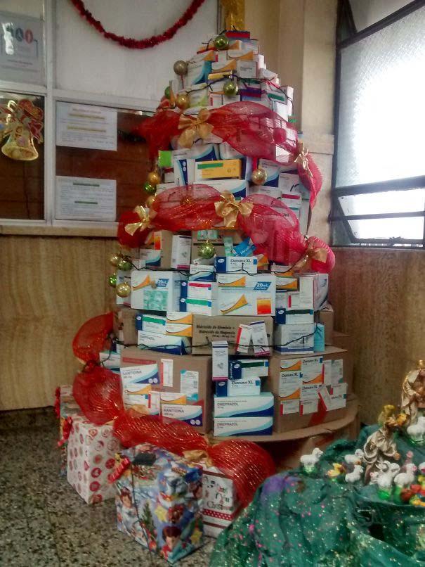 Χριστουγεννιάτικοι στολισμοί σε νοσοκομεία (3)