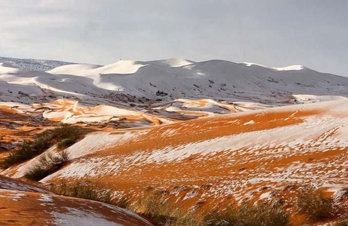 Απίστευτες φωτογραφίες από την έρημο Σαχάρα, όπου χιόνισε για τρίτη φορά τα τελευταία 40 χρόνια! (11)