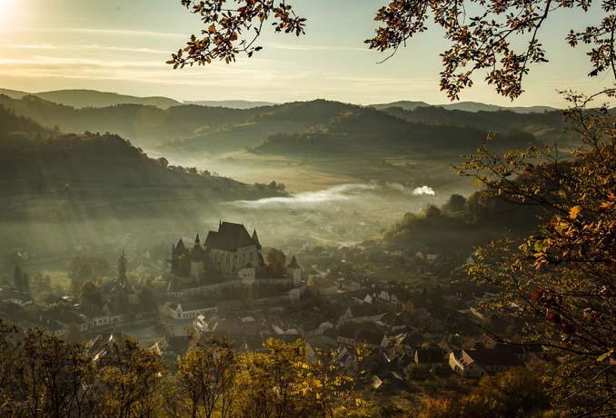 Φωτογράφος καταγράφει την ξεχωριστή ομορφιά της Ρουμανίας (2)