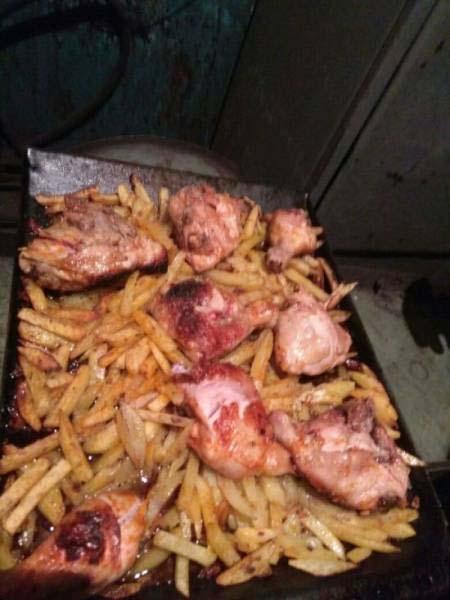 Κάπως έτσι μαγειρεύουν οι εργάτες σε ένα μεταλλουργικό εργοστάσιο (6)