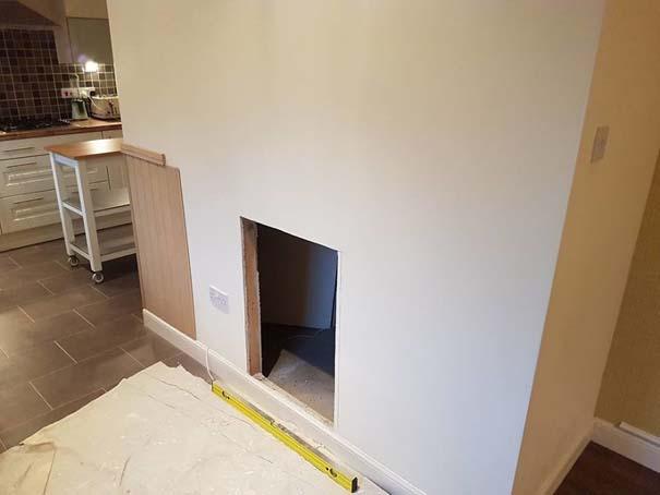 Κατασκευάζοντας ένα υπέροχο δωμάτιο για το σκύλο κάτω από τη σκάλα (4)