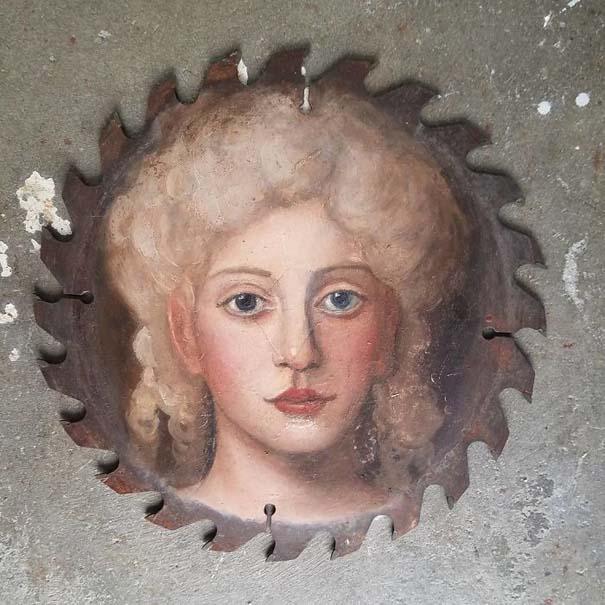 Καλλιτέχνιδα βρίσκει παλιά αντικείμενα και τα μετατρέπει σε εκπληκτικά έργα τέχνης (10)