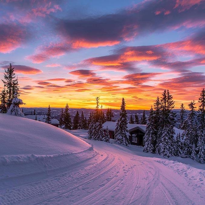 Ηλιοβασίλεμα στα χιόνια | Φωτογραφία της ημέρας