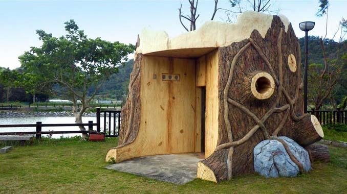 Οι δημόσιες τουαλέτες στην Ιαπωνία έχουν ότι σχήμα μπορείτε να φανταστείτε... (5)