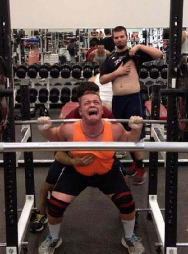 Περίεργες καταστάσεις και ευτράπελα στο γυμναστήριο (16)