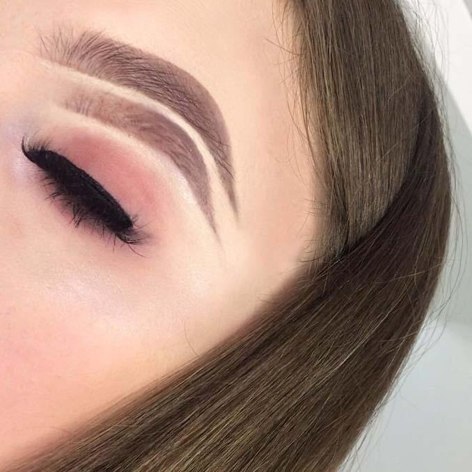 Beauty blogger πειραματίζεται με τα φρύδια της και ιδού τα αποτελέσματα (5)