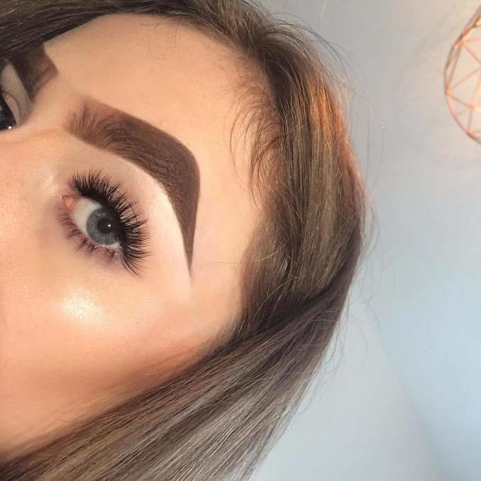 Beauty blogger πειραματίζεται με τα φρύδια της και ιδού τα αποτελέσματα (8)