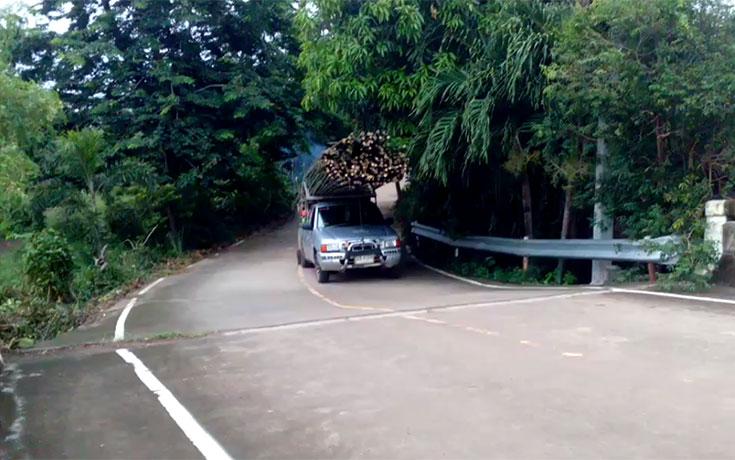 Καταλαβαίνεις ότι έχεις παραφορτώσει το φορτηγάκι σου, όταν… (Video)