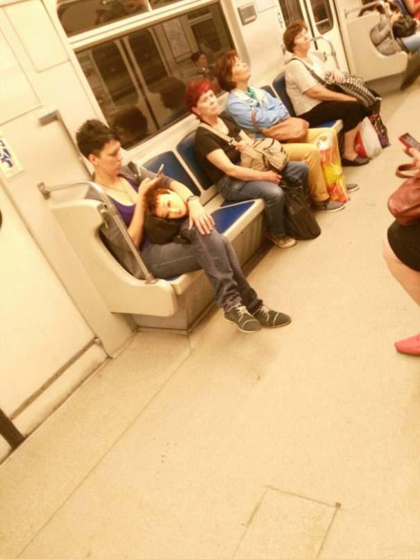 Παράξενες και κωμικοτραγικές φωτογραφίες στα μέσα μεταφοράς #34 (2)