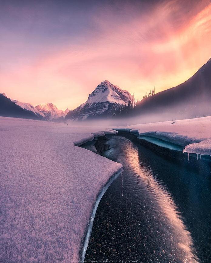 Ηλιοβασίλεμα σε παγωμένο τοπίο   Φωτογραφία της ημέρας