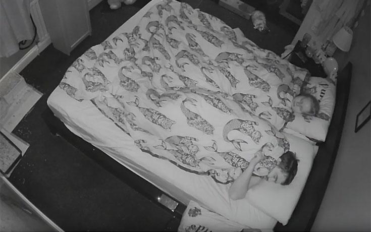 Πρωινό ξύπνημα με κατοικίδιο κουνέλι
