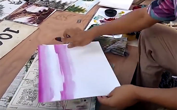 Δείτε τι δημιουργεί αυτός ο ταλαντούχος καλλιτέχνης μέσα σε μόλις 3 λεπτά