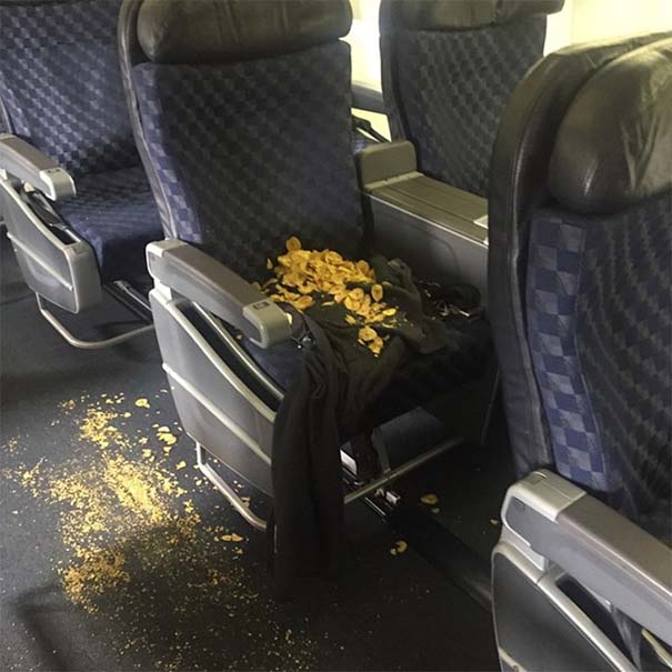 Επιβάτες αεροπλάνων που δεν θα ήθελες να κάθονται κοντά σου (5)