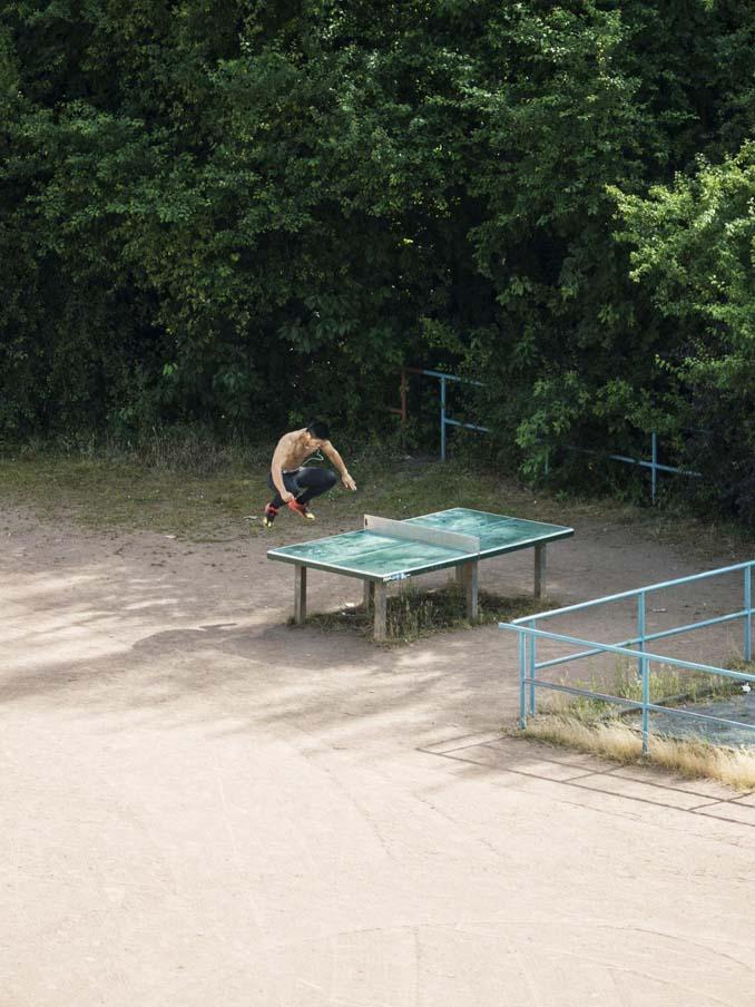 Έργα και ημέρες ενός υπαίθριου τραπεζιού ping pong (3)