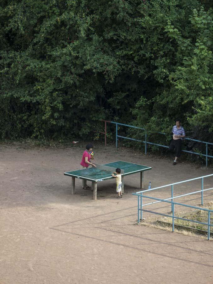 Έργα και ημέρες ενός υπαίθριου τραπεζιού ping pong (10)