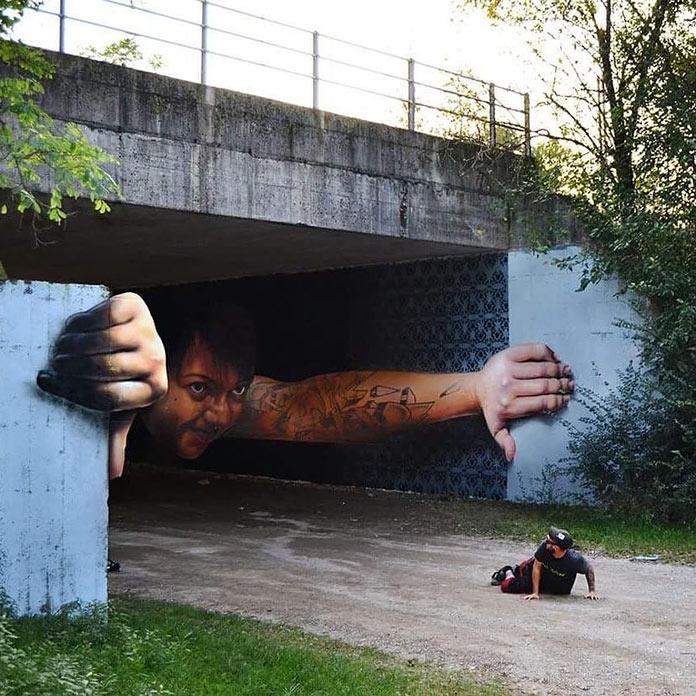 Όταν η τέχνη ζωντανεύει και σκορπάει τον τρόμο | Φωτογραφία της ημέρας