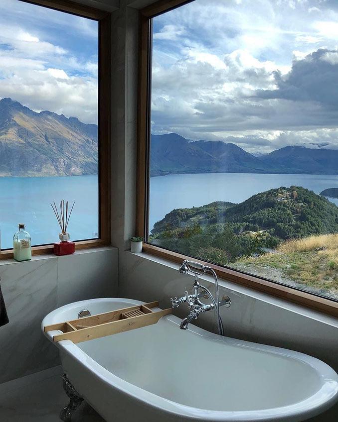 Μπάνιο - παρατηρητήριο | Φωτογραφία της ημέρας