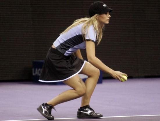 Κορίτσια για τα μπαλάκια του Tennis (13)