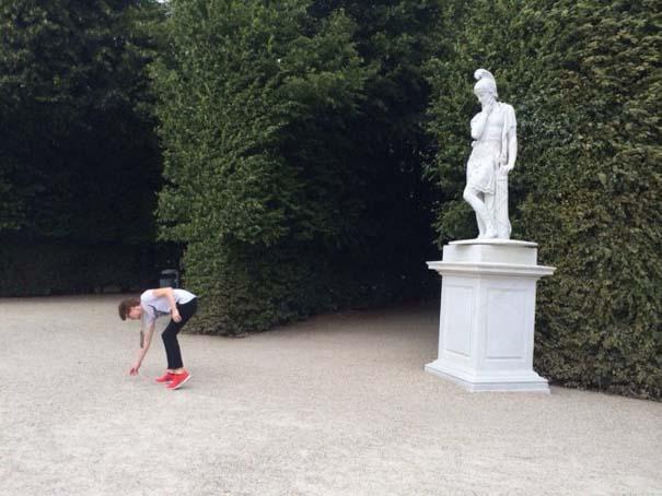 Ποζάροντας με αγάλματα #39 (8)