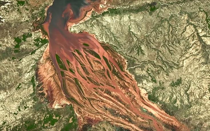 Πώς φαίνεται η αποψίλωση των δασών από το διάστημα